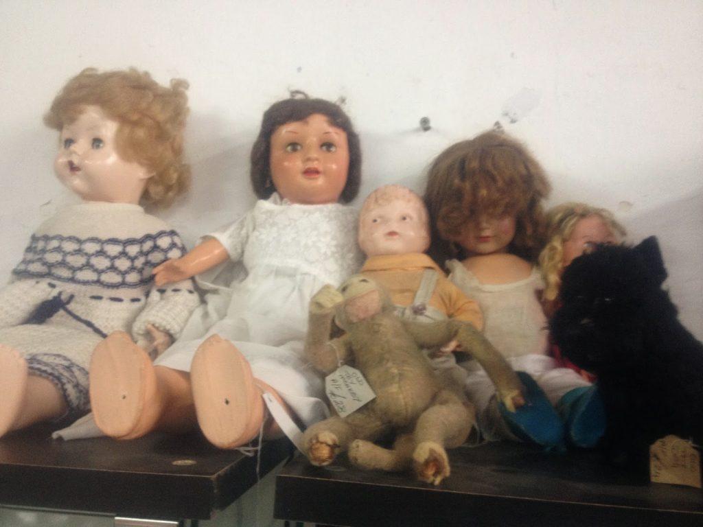 Vintage find - dolls
